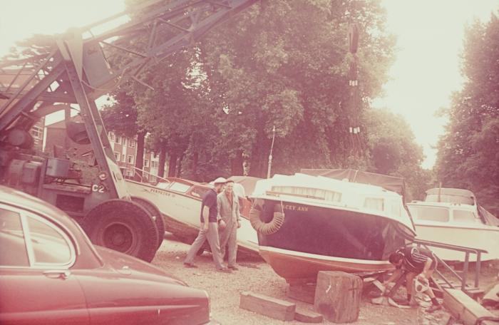 slide pluto boat
