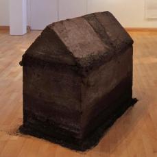 5 Dark House - rammed earth